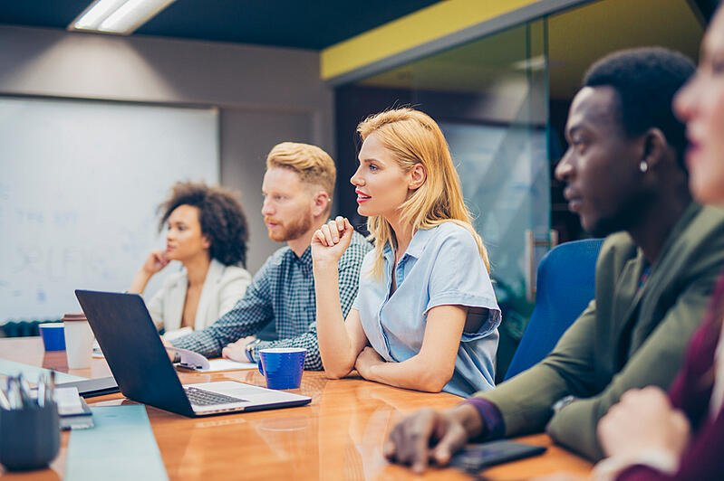 employees-in-work-meeting-employee-development
