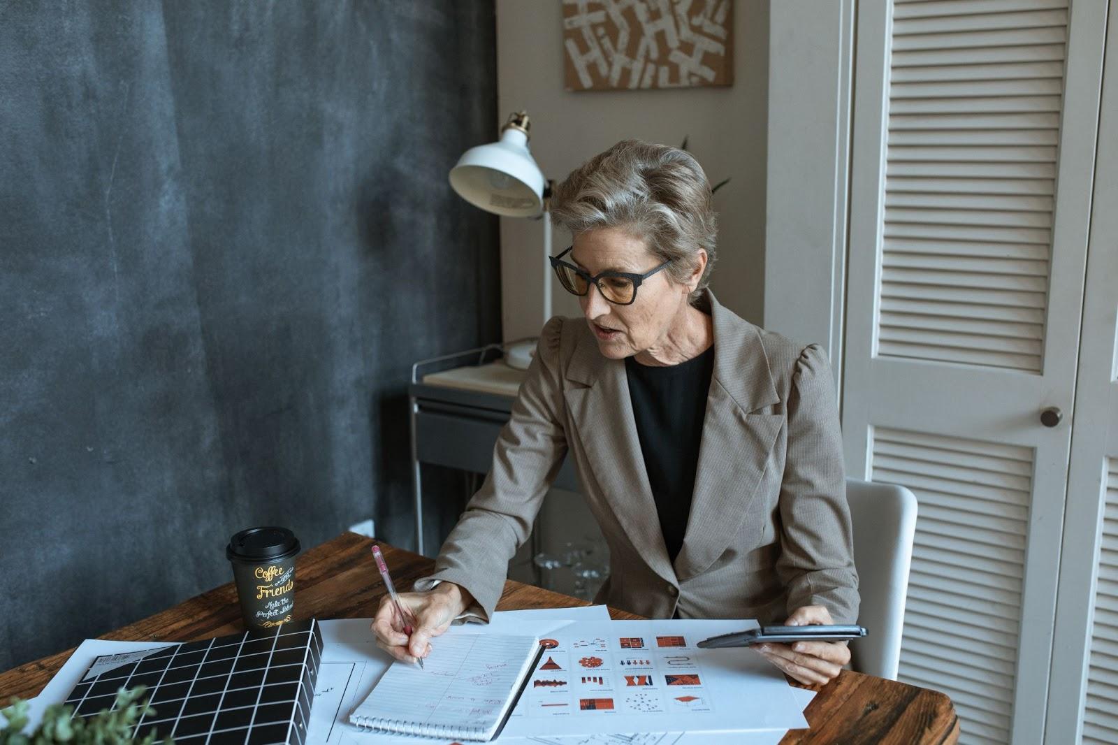 business-woman-creating-ojt-program