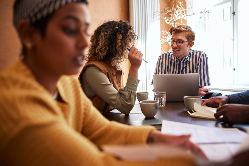 employees-talking-to-each-other-authentic-leadership
