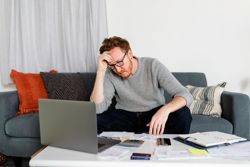 worried-employee-stress-management-at-work