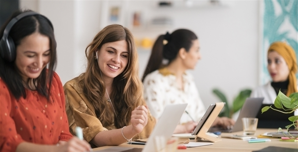 women at laptop