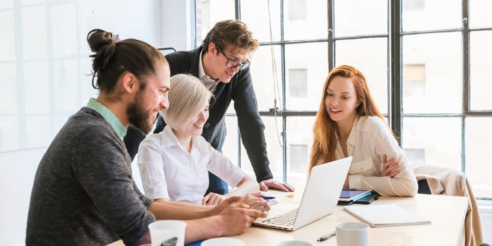 people working together overcome languishing